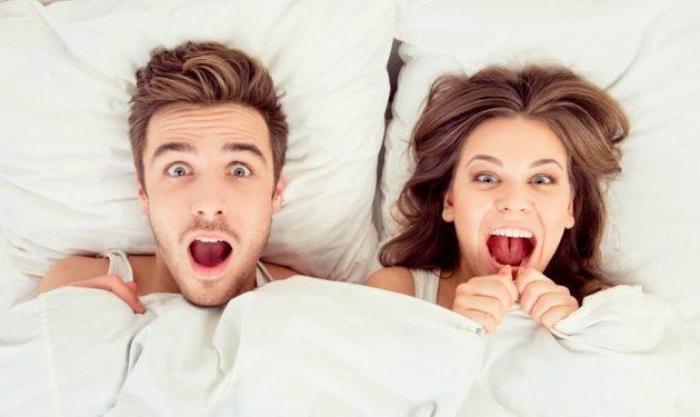 10 cosas graciosas que pueden pasarte durante el sexo. ¡Porque de la vida no queda más que reírse!
