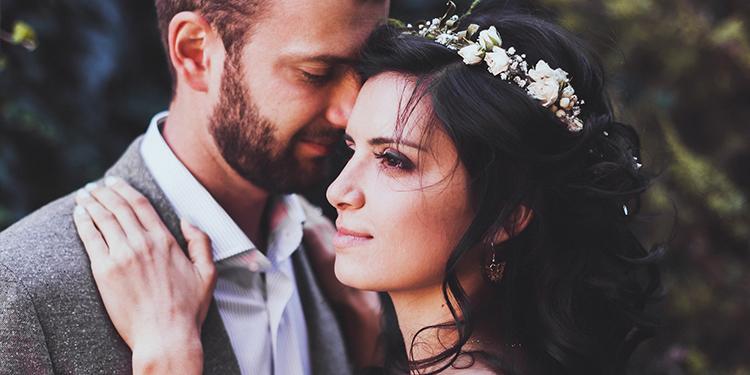 Conoce los diferentes tocados que puedes usar en tu boda