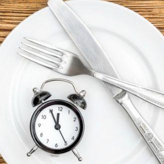 3 desayunos balanceados que puedes preparar cuando no tienes tiempo. ¡Comienza el día llena de energía!