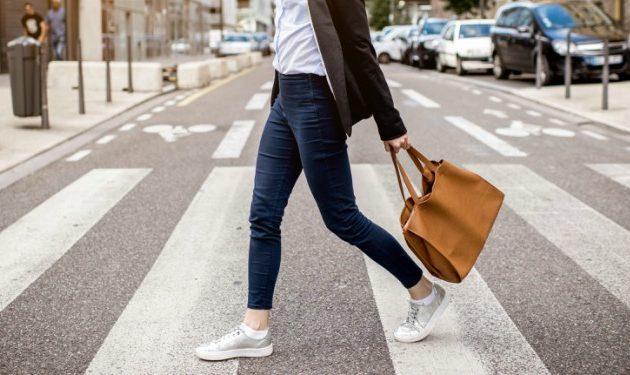 7 maneras de quemar calorías caminando