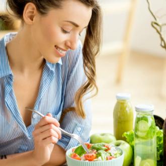 8 consejos para combatir el sueño después de comer
