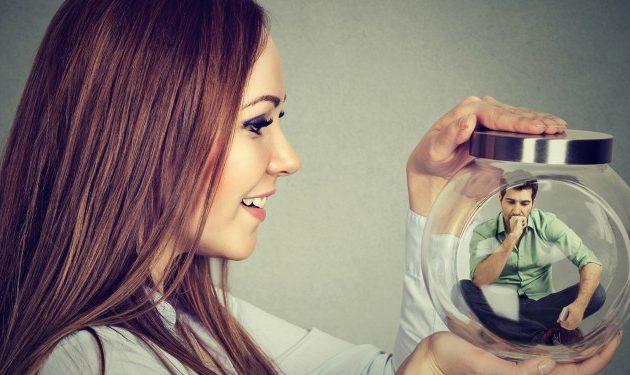 8 cosas que pasan por tu cabeza cuando vuelves a encontrarte con tu ex