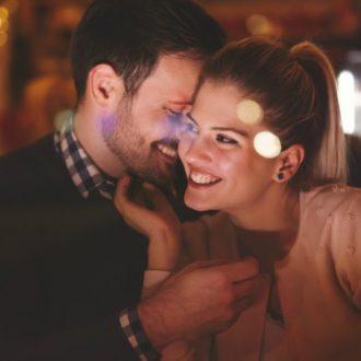 9 hábitos de las parejas que todo el mundo ama