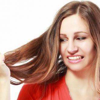Cómo deshacerte del frizz en el cabello