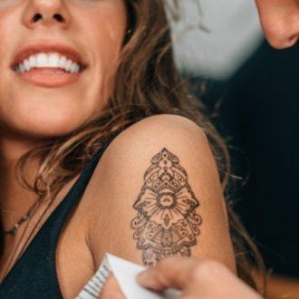 Consejos para tener en cuenta antes de tatuarte por primera vez