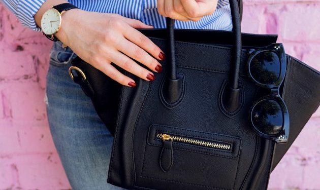 El kit que SIEMPRE debes llevar en tu bolso. ¡Descubre los imprescindibles a la hora de salir de casa!