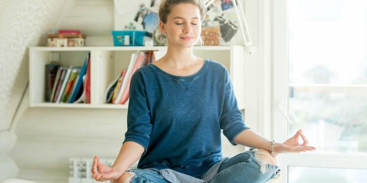 Logra un orgasmo más intenso con estas 9 posiciones de yoga
