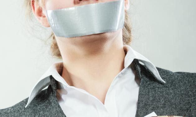 Si eres callada durante el sexo significa que no lo disfrutas