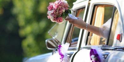 ¿Cómo elegir el vehículo adecuado para nuestra boda?