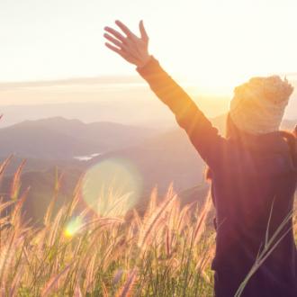 12 maneras de ser feliz, según el budismo