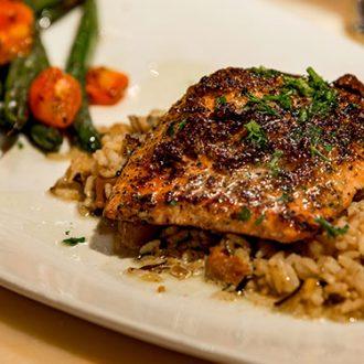 Salmón rojo con vegetales: una receta afrodisíaca