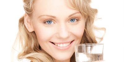 Beber agua, mucho más que un hábito